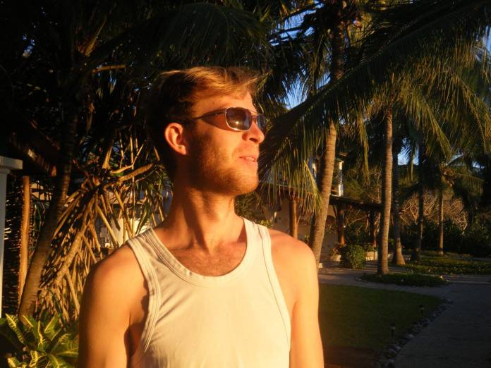 Sunglasses Gazing